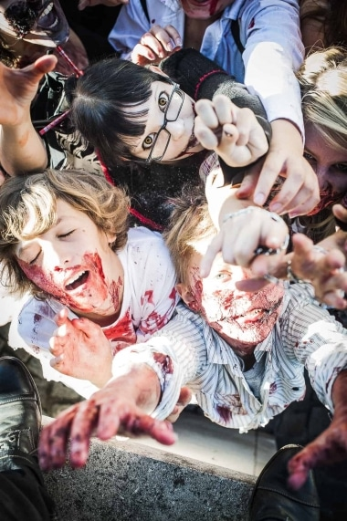 Web-ZombieWalk2014-9