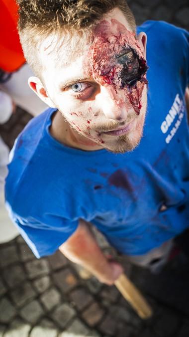 Web-ZombieWalk2014-10