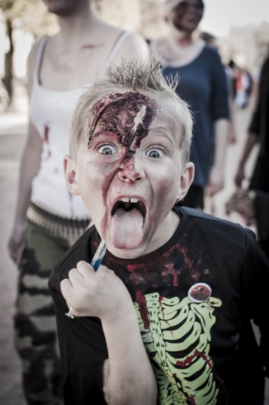 Web-ZombieWalk2014-16