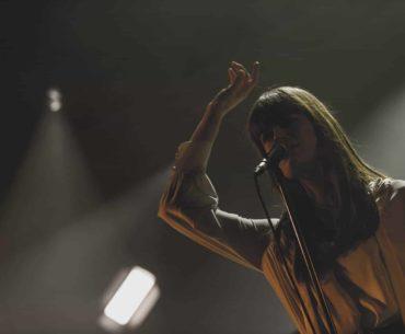 Clara Luciani - Le rayon de lumière | Vincent Zobler